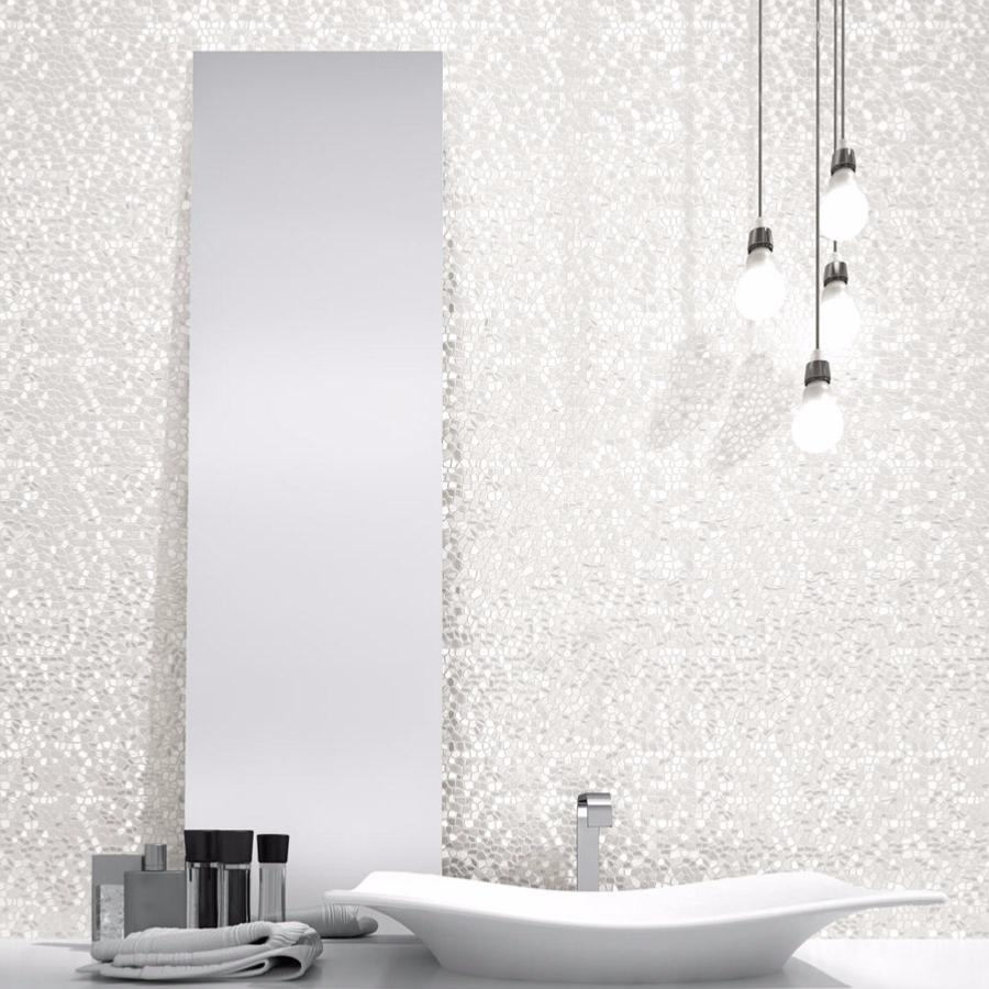 Stunning carrelage salle de bain blanc relief photos for Carrelage blanc brillant salle de bain