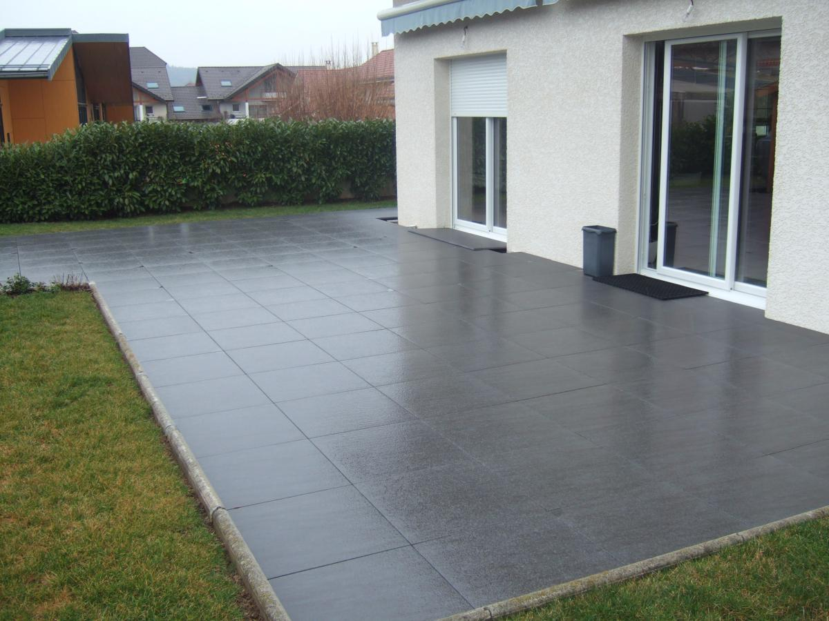 Artens carrelage ext rieur 60 x60 anthracite effet for Carrelage decoratif exterieur