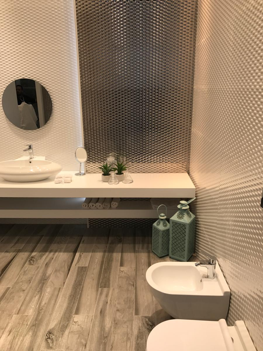 emily fa ence mur 40x120 blanc brillant avec relief carra france. Black Bedroom Furniture Sets. Home Design Ideas