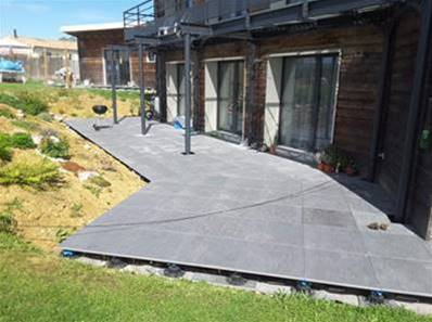 Pose carrelage sur dalle beton exterieur magasin de for Dalle de beton exterieur